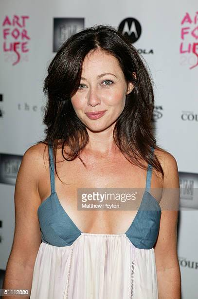 Actress Shannen Doherty attends the 5th Annual Art For Life Benefit at the home of Russell Simmons July 24 2004 in East Hampton New York