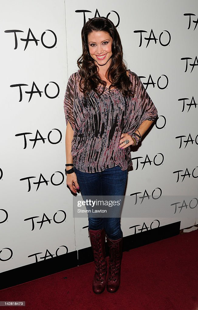Shannon Elizabeth Hosts An Evening At TAO Nightclub