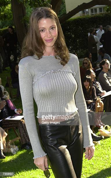 Actress Shannon Elizabeth attends a fashion show highlighting British designer Vivienne Westwood's Spring 2001 collection November 14 2000 in West...