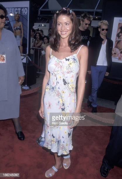 Actress Shannon Elizabeth attends the 'American Pie' Universal City Premiere on July 7 1999 at the Cineplex Odeon Universal City Cinemas in Universal...