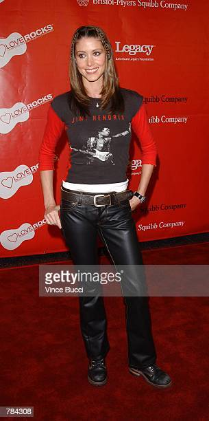 Actress Shannon Elizabeth attends the First Annual Love Rocks Concert February 14 2002 in Hollywood CA The event honored Irish musician Bono and...