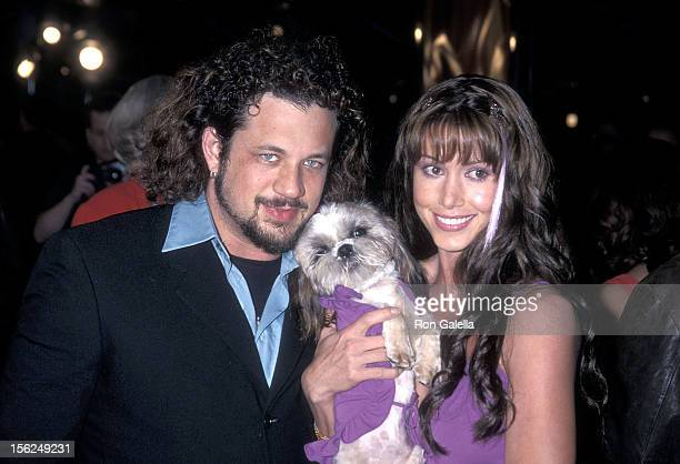 Actress Shannon Elizabeth fiance Joseph Reitman and dog Ewok attend the Tomcats Universal City Premiere on March 28 2001 at the Universal City Walk...