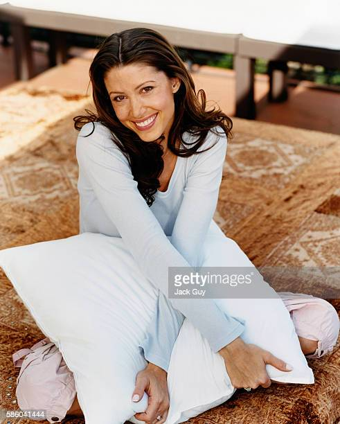 Actress Shannon Elizabeth is photographed for InStyle Magazine in 2004 at home in Los Angeles California PUBLISHED IMAGE