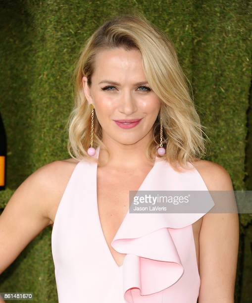 Actress Shantel VanSanten attends the 8th annual Veuve Clicquot Polo Classic at Will Rogers State Historic Park on October 14 2017 in Pacific...
