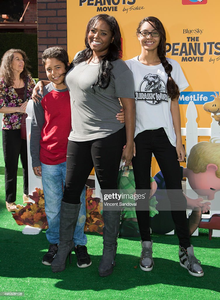 """Premiere Of 20th Century Fox's """"The Peanuts Movie"""" - Arrivals : News Photo"""