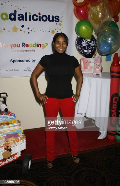 "Actress Shar Jackson poses during the Jayneoni Moore ""Readalicious"" Book Bash at the Century Plaza Hotel on March 1, 2008 in Los Angeles, California."
