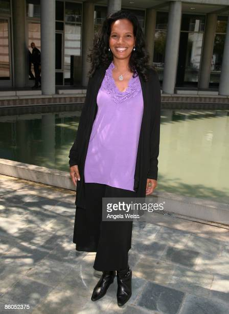 Actress Shari Headley arrives at the 1st Historic Health Summit kickoff luncheon at the Skirball Center on April 20 2009 in Los Angeles California