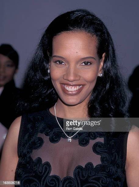 Actress Shari Headley attends the 29th Annual NAACP Image Awards on February 14 1998 at Pasadena Civic Auditorium in Pasadena California