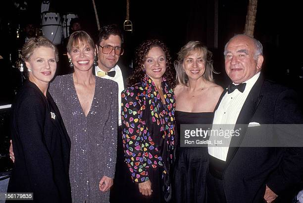 Actress Sharon Gless actress Mary Tyler Moore and husband Dr Robert Levine actress Valerie Harper actor Ed Asner and girlfriend Cindy Gilmore attend...