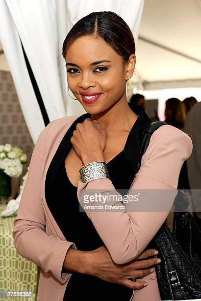 Actress Sharon Leal attends Silpada at Kari Feinstein's Academy Awards Style Lounge at Montage Beverly Hills on February 25 2011 in Beverly Hills...