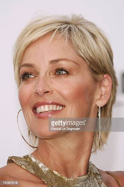 Actress Sharon Stone arrives at the Cinema Against Aids 2007 in aid of amfAR at Le Moulin de Mougins in Mougings on May 23 2007 in Cannes France The...
