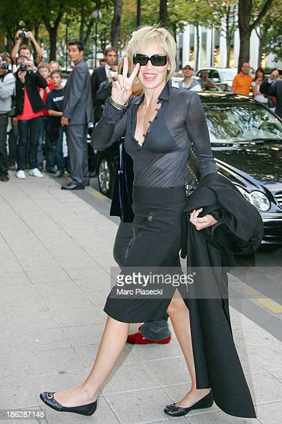 Actress Sharon Stone arrives at the 'Plaza Athenee' hotel on September 15 2007 in Paris France