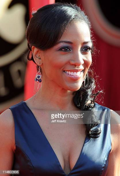 Actress Shaun Robinson arrives to the 16th Annual Screen Actors Guild Awards held at The Shrine Auditorium on January 23 2010 in Los Angeles...