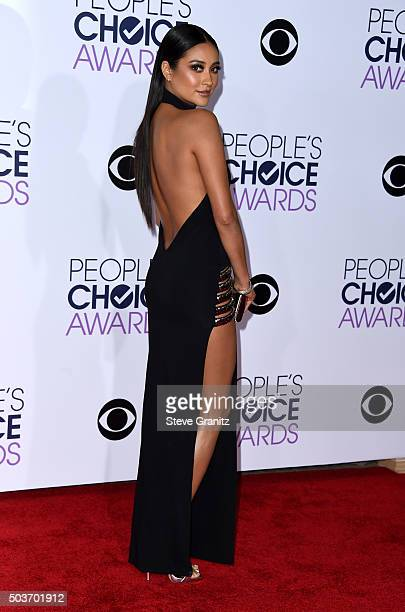 Actress Shay Mitchell attends the People's Choice Awards 2016 at Microsoft Theater on January 6 2016 in Los Angeles California
