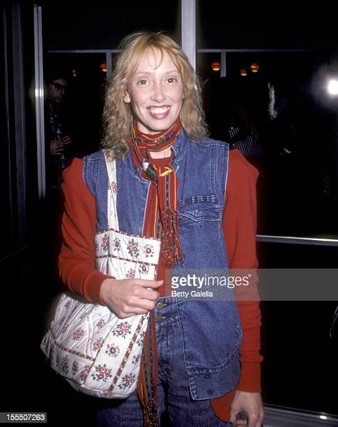 Actress Shelley Duvall attends the Starstruck Beverly Hills Premiere on January 25, 1983 at Mann Fine Arts Theatre in Beverly Hills, California.