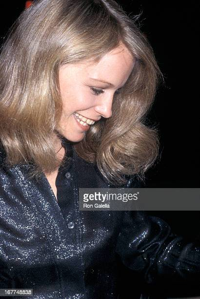 Actress Shelley Hack attends 'Charlie's Angles' Cast Crew Host a Valentine's Day Party on February 10 1980 at the Beverly Wilshire Hotel in Beverly...