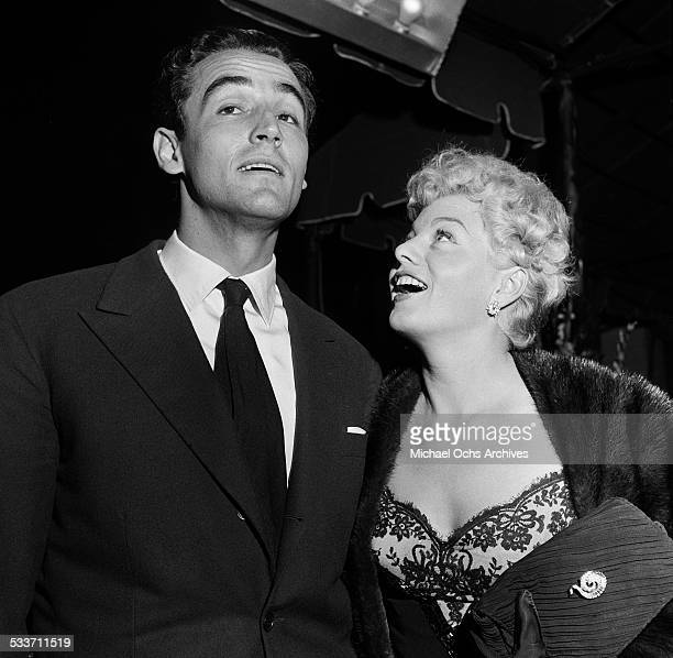 Actress Shelley Winters and husband Vittorio Gassman attend the premiere of The Robe in Los AngelesCA