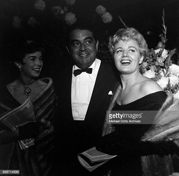 Actress Shelley Winters poses with Dawn Adams and Kurt Kasenar attend an event in Los AngelesCA