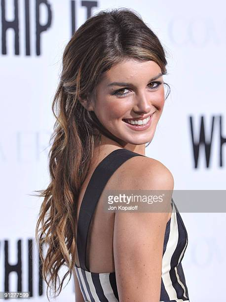Actress Shenae Grimes arrives at the Los Angeles Premiere 'Whip It' at Grauman's Chinese Theatre on September 29 2009 in Hollywood California