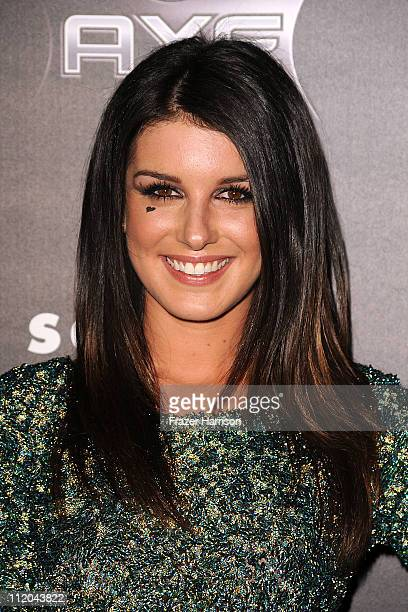 Actress Shenae Grimes arrives at the premiere of the Weinstein Company's Scream 4 Presented by AXE Shower at Grauman's Chinese Theatre on April 11...