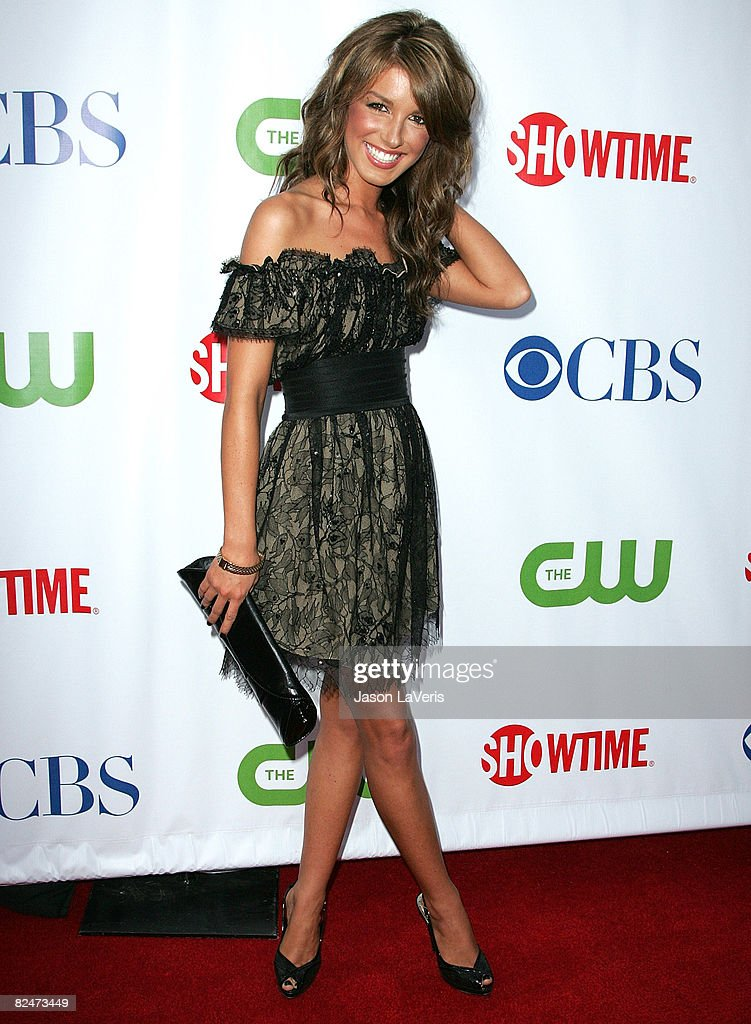 Actress Shenae Grimes attends the CBS, CW & Showtime Press
