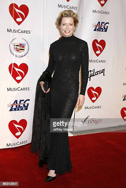 Actress Sheree J WIlson arrives at the 2008 MusiCares Person of the Year gala honoring Aretha Franklin held at the Los Angeles Convention Center on...
