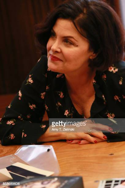 Actress Sherilyn Fenn who played the character of Audrey Horne on the show Twin Peaks talks to fans during the Twin Peaks UK Festival 2017 at Hornsey...