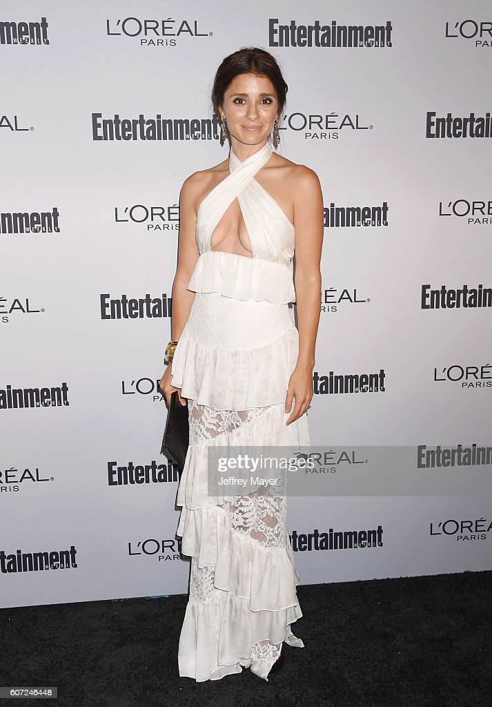Actress Shiri Appleby attends the Entertainment Weekly's 2016 Pre-Emmy Party held at Nightingale Plaza on September 16, 2016 in Los Angeles, California.