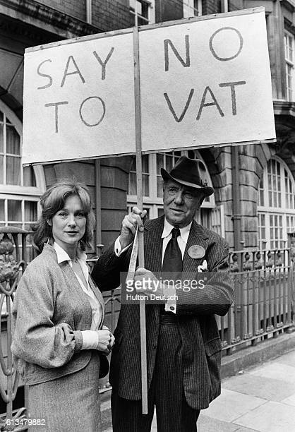 Actress Shirley Ann Field and actor Ralph Richardson protesting against Value Added Tax on theater seats ca 1979