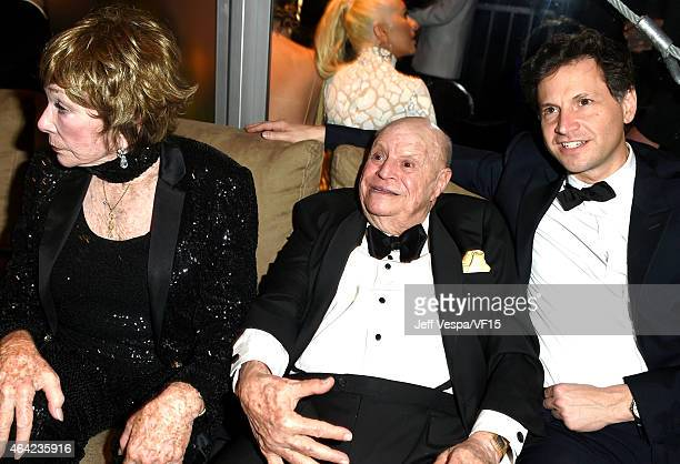 Actress Shirley MacLaine actor Don Rickles and director Bennett Miller attend the 2015 Vanity Fair Oscar Party hosted by Graydon Carter at the Wallis...