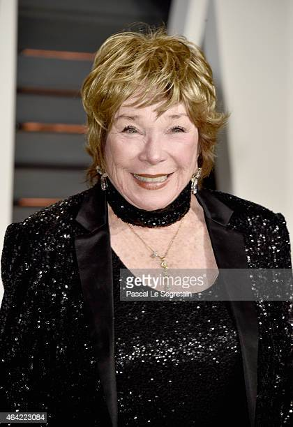 Actress Shirley MacLaine attends the 2015 Vanity Fair Oscar Party hosted by Graydon Carter at Wallis Annenberg Center for the Performing Arts on...