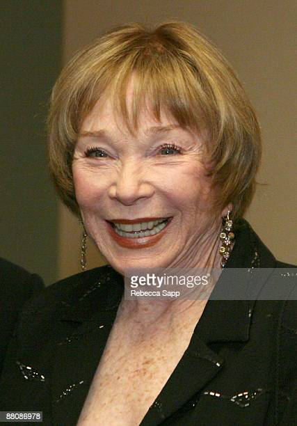 Actress Shirley MacLaine attends USC Keck School Of Medicine Welcomes Inderbir S Indy Gill MD at the Montage Beverly Hills on May 30 2009 in Beverly...