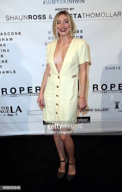 Actress Shoshana Bush attends Art with a Cause hosted by Shaun Ross Aureta benefiting the Freedom United Foundation for the victims of human...