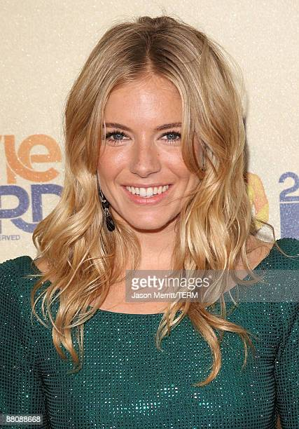 Actress Sienna Miller arrives at the 18th Annual MTV Movie Awards held at the Gibson Amphitheatre on May 31 2009 in Universal City California