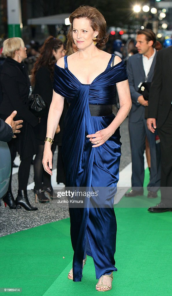 Actress Sigourney Weaver walks on the green carpet during the 22nd Tokyo International Film Festival Opening Ceremony at Roppongi Hills on October 17, 2009 in Tokyo, Japan. TIFF takes place from October 17 to 25, showing around 270 films during the festival. TIFF consists of 6 categories; Special Screenings, Competition, Winds of Asia-Middle East, Japanese Eye, World Cinema and natural TIFF supported by Toyota.