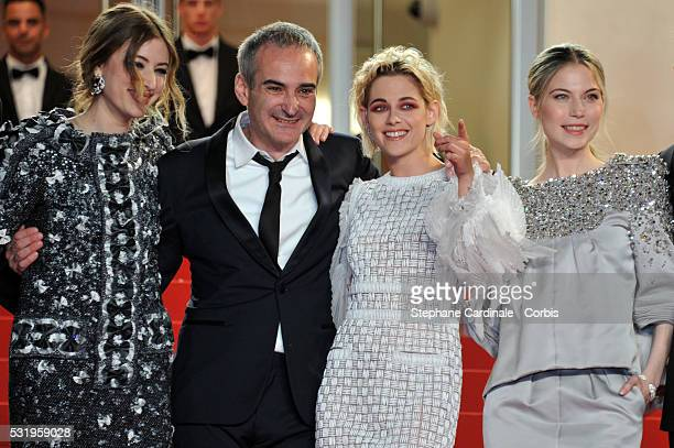 Actress Sigrid Bouaziz director Olivier Assayas actress Kristen Stewart and actress Nora von Waldstaetten attend the Personal Shopper premiere during...