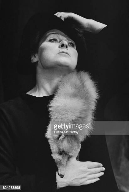Actress Siobhán McKenna appearing in a fashion show at the Criterion Theater wearing a fox stole, London, UK, 29th July 1970.