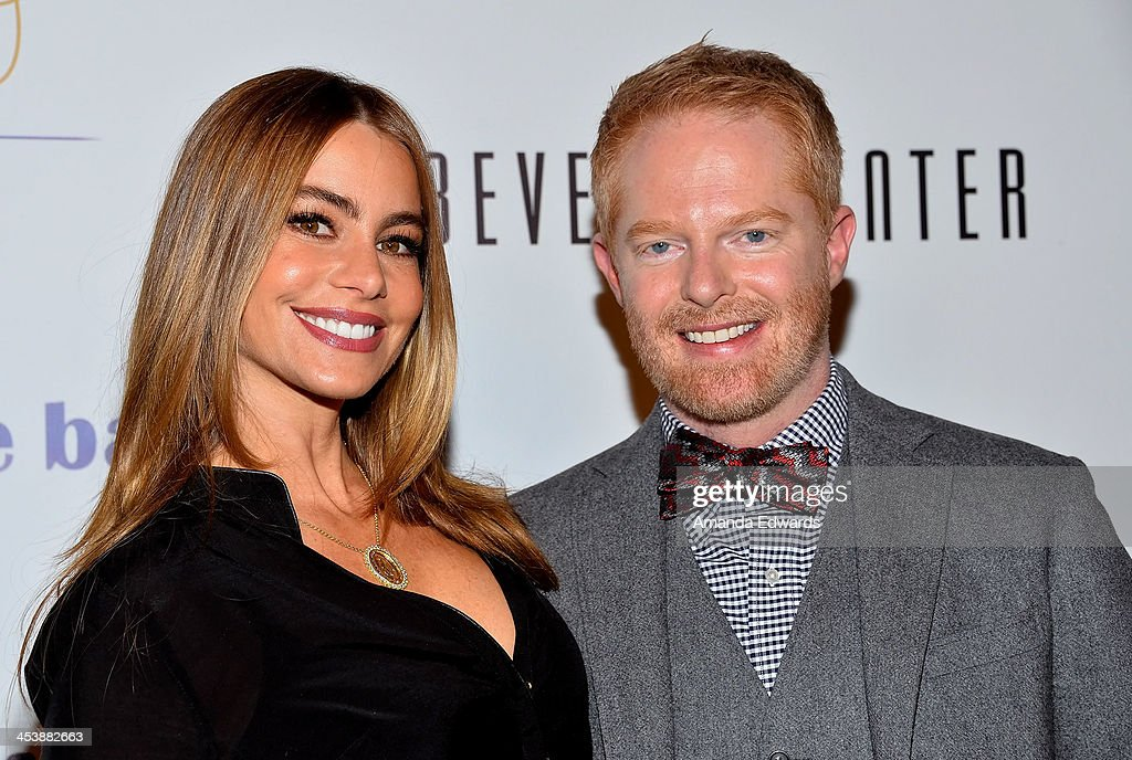 """Tie The Knot"" Grand Store Opening With Founder Jesse Tyler Ferguson"