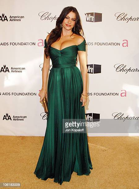 Actress Sofia Vergara attends the 16th Annual Elton John AIDS Foundation Oscar Party at the Pacific Design Center on February 24 2008 in West...
