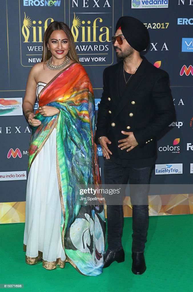 Actress Sonakshi Sinha and singer Diljit Dosanjh attend the 2017 International Indian Film Academy Festival at MetLife Stadium on July 14 2017 in...