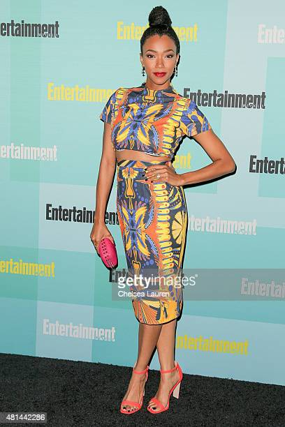 Actress Sonequa MartinGreen arrives at the Entertainment Weekly celebration at Float at Hard Rock Hotel San Diego on July 11 2015 in San Diego...