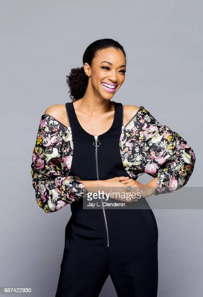 Actress Sonequa MartinGreen from AMC's 'The Walking Dead is photographed during Paley Fest for Los Angeles Times on March 17 2017 in Los Angeles...