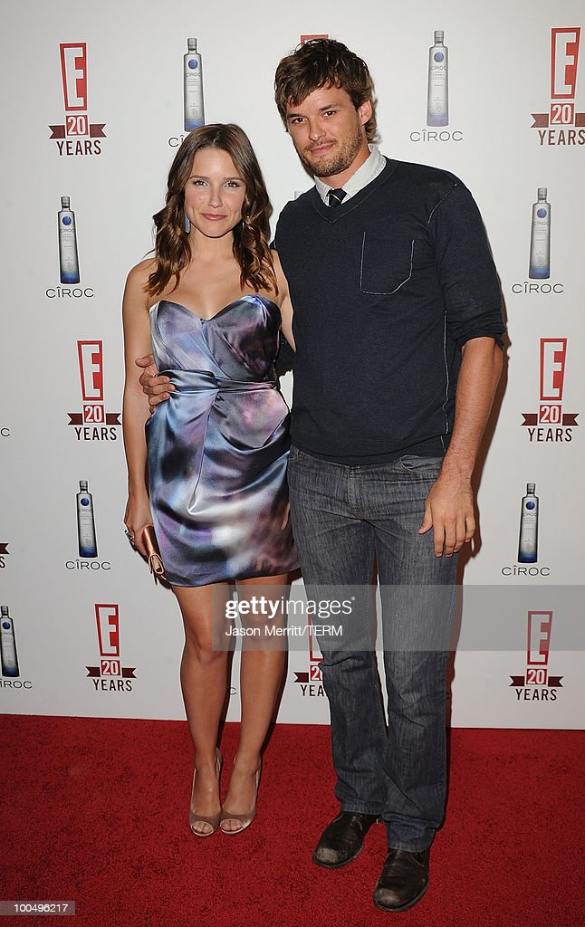 Actress Sophia Bush and actor Austin Nichols arrive at the E! 20th anniversary party celebrating two decades of pop culture held at The London Hotel on May 24, 2010 in West Hollywood, California.