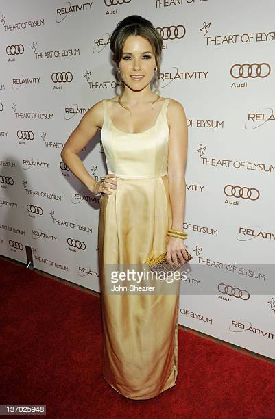 Actress Sophia Bush arrives at Audi presents The Art of Elysium's 5th annual HEAVEN at Union Station on January 14, 2012 in Los Angeles, California.
