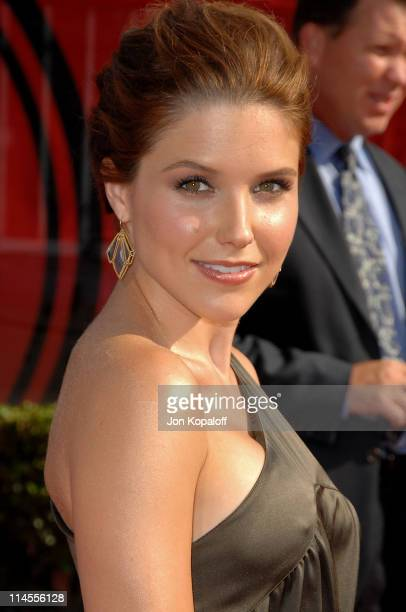 Actress Sophia Bush arrives at the 2008 ESPY Awards held at NOKIA Theatre L.A. LIVE on July 16, 2008 in Los Angeles, California. The 2008 ESPYs will...