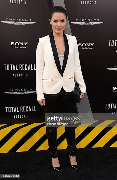 Actress Sophia Bush arrives at the premiere of Columbia Pictures' 'Total Recall' held at Grauman's Chinese Theatre on August 1 2012 in Hollywood...