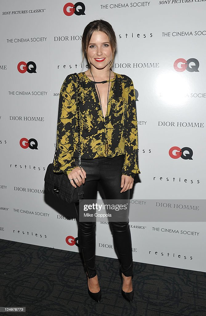 "The Cinema Society With Dior Homme & GQ Host A Screening Of ""Restless"" - Arrivals : News Photo"