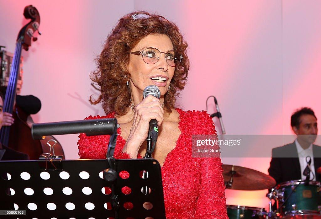 Sophia Loren's 80th Birthday Celebration At The Museo Soumaya In Mexico City, Mexico : News Photo