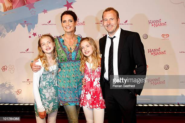 Actress Sophia Muenster and twinsister actress Jana Muenster and actress Anja Kling and actor Heino Ferch attend the 'Hanni Nanni World Premiere' at...