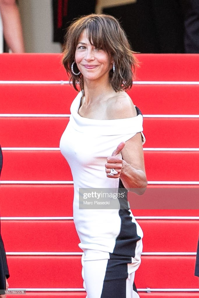 """Tout S'est Bien Passe (Everything Went Fine)"" Red Carpet - The 74th Annual Cannes Film Festival : Foto di attualità"